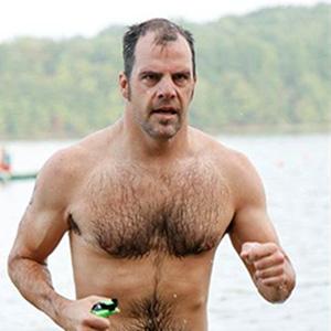 Triathlete Scott Perry